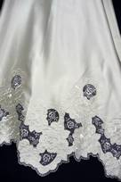 Duchesse ricamata con Fiori macrame avorio bianco intagliata