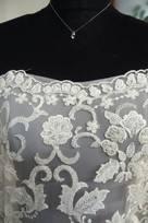 avorio lavorato con fiori in seta perle fiorellini tubicini