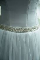 avorio bianco lavorato con perle strass fiori seta applicati